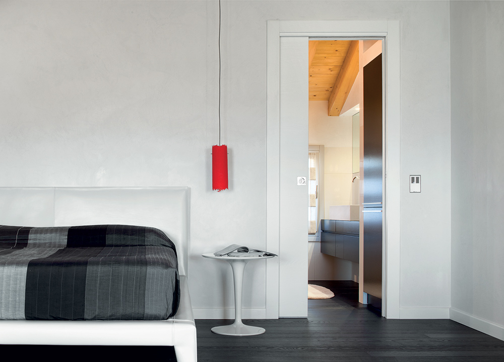ECLISSE Classic sliding pocket door system